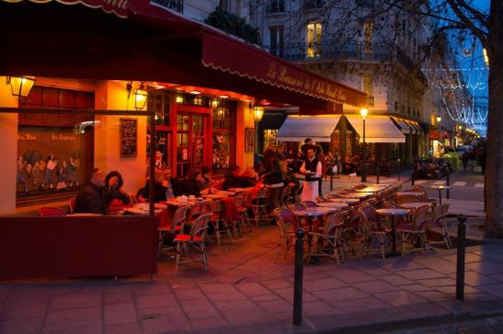 claire bethmont,paris,poesie,café